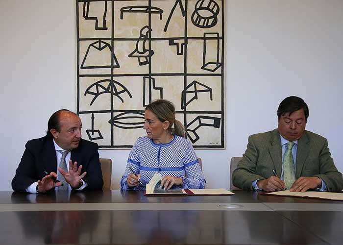 """El Consistorio abrirá el camino que conecta la calle Reino Unido con la urbanización """"Tres Culturas"""" para uso peatonal y bicicletas"""