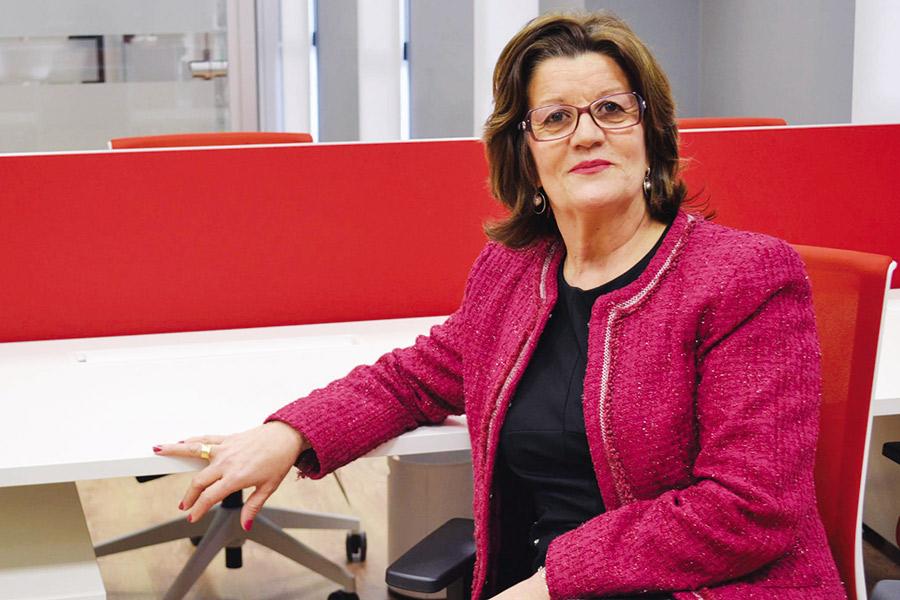 Mª de los Ángeles Martínez Hurtado