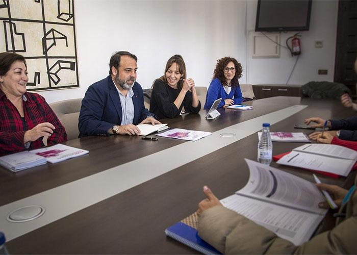 Ayuntamiento y Gobierno regional estudian la implementación de las medidas del Plan de Garantías Ciudadanas en Toledo