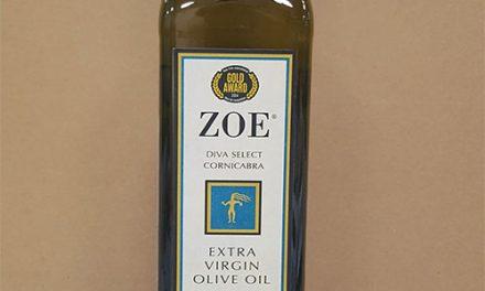 El mercado estadounidense recibe el primer AOVE amparado por la DOP Montes de Toledo con el logo Dieta Mediterránea, 'Zoe Diva'