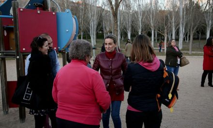Milagros Tolón visita Palomarejos para conocer de primera mano las propuestas del barrio junto a la nueva directiva vecinal