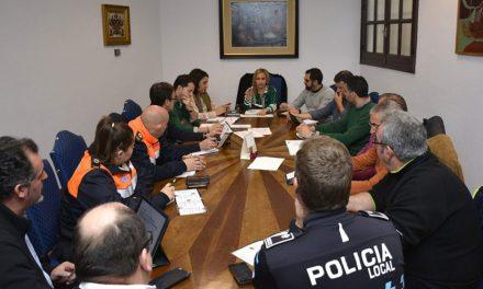 El equipo de Gobierno mantiene una reunión de coordinación para el desarrollo de las actividades del programa de Carnaval