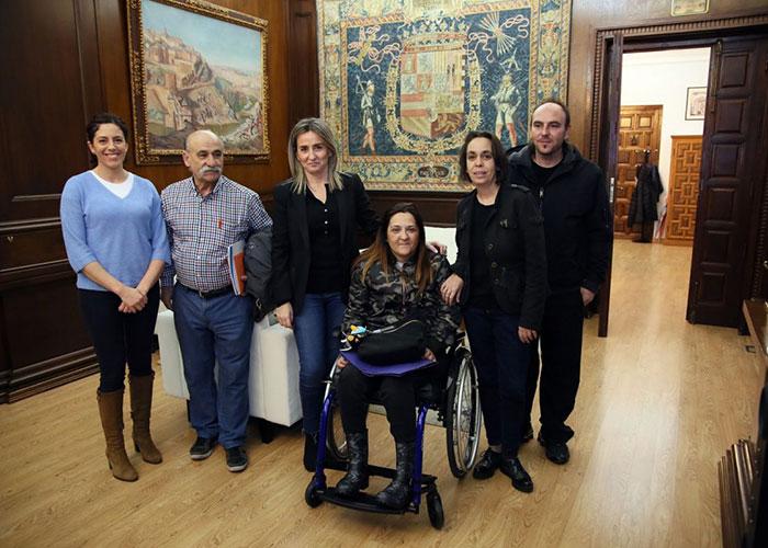 La alcaldesa se reúne con la asociación de vecinos 'Puerta del Vado' para escuchar sus principales demandas y necesidades