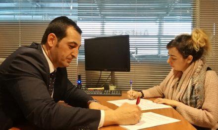 El pasado 16 de marzo Autasa Mercedes-Benz firmaba el acuerdo de Patrocinio Oficial de los Premios Pávez con la Asociación Cultural Trax Trex Trix
