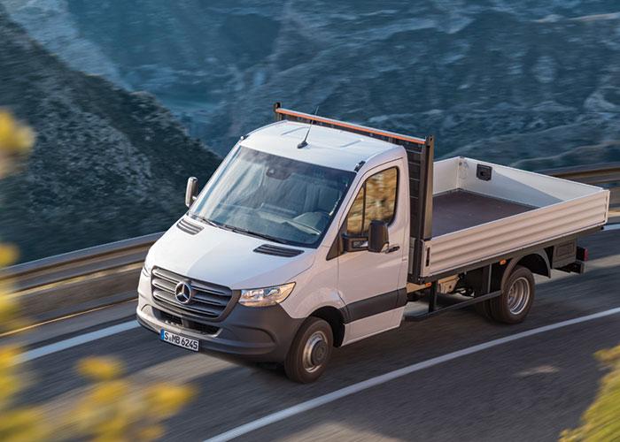 Mercedes-Benz presenta la tercera generación de la furgoneta Sprinter