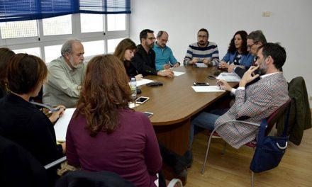 El Gobierno local informa al Grupo de Trabajado del Polígono de las últimas actuaciones realizadas con respecto al amianto