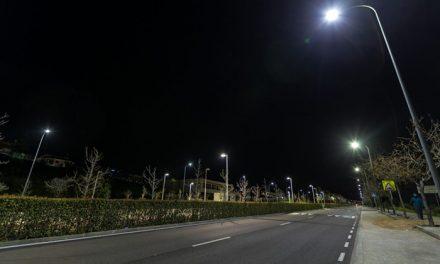 El Ayuntamiento renueva el alumbrado público de Valparaíso con la instalación de 264 nuevas luminarias de led