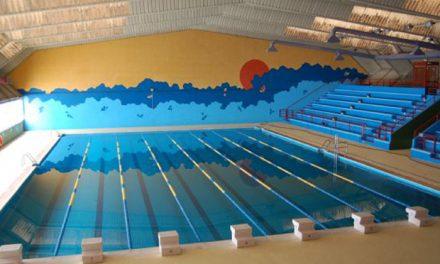 La rotura de una tubería mantendrá cerrada, previsiblemente hasta el jueves, la piscina climatizada del Salto del Caballo