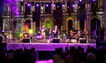 'Aljibe' se hizo con el público de la plaza del Ayuntamiento en la presentación de 'Agua, músicas tradicionales de la cuenca del Tajo'