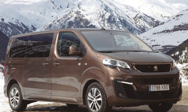 Peugeot amplía su gama 4×4 al modelo Traveller: aventuras con confort, habitabilidad y bajos reforzados