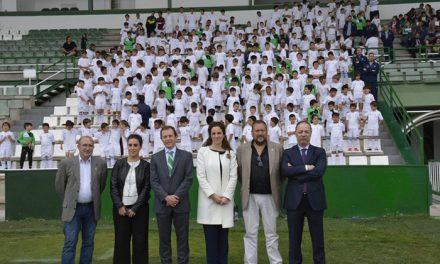 Más de 300 pequeños se forman en la Escuela Sociodeportiva de la Fundación Real Madrid con la colaboración del Ayuntamiento
