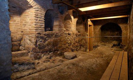 Milagros Tolón invita a descubrir los nuevos restos arqueológicos del conjunto romano termal público de la plaza Amador de los Ríos