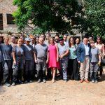 La alcaldesa visita las obras de la calle del Arroy