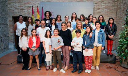 La alcaldesa analiza los logros, proyectos y aspiraciones que mantiene el Consejo de Participación Infantil y Adolescente