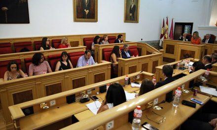 El equipo de Gobierno destaca el trabajo técnico y administrativo en la renovación de hasta siete contratos de servicios municipales