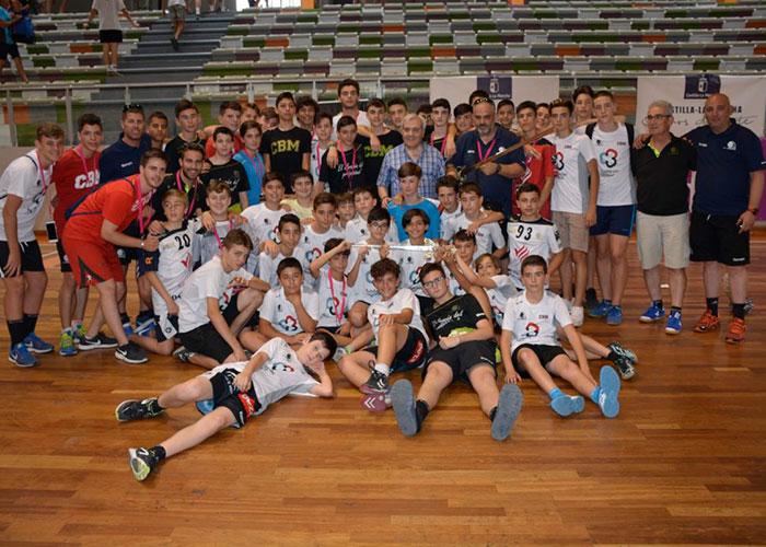 El Ayuntamiento participa en las finales de la Toledo Handball Cup 18 en las que brillaron los equipos castellano-manchegos