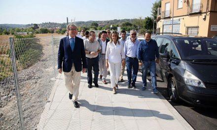 La alcaldesa destaca que la ordenación del aparcamiento y calle San Pedro el Verde responde a una demanda histórica de la ciudad