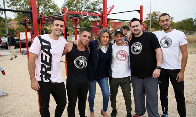 La alcaldesa inaugura un nuevo parque de Street Workout en Valparaiso y anuncia la creación de uno más en el Polígono