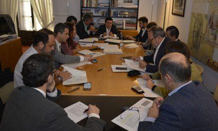 El Ayuntamiento impulsa un grupo de trabajo que abordará la estrategia local para la regulación de viviendas con fines turísticos