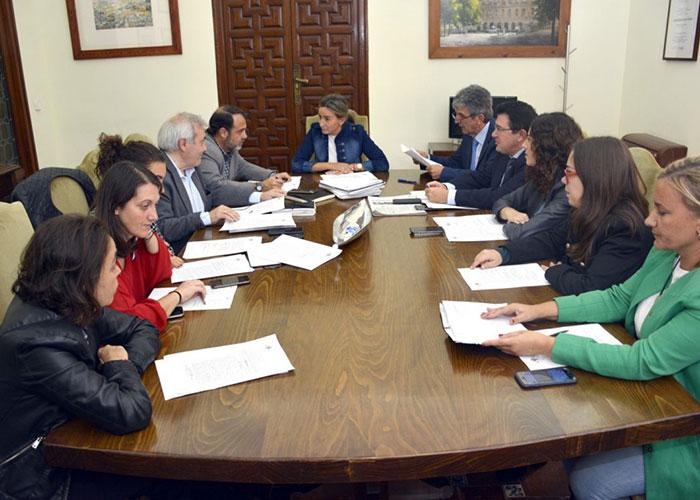 El Gobierno Municipal adjudica obras de mejora en alumbrado público por importe de 552.000 euros