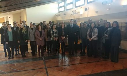 El Ayuntamiento apuesta por el turismo de congresos y recibe a una veintena de empresarios del 'Toledo Convention Bureau'