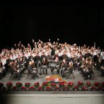 El Pregón de Navidad abarrota el Teatro de Rojas con los alumnos de la Escuela Municipal de Música 'Diego Ortiz' y su espectáculo