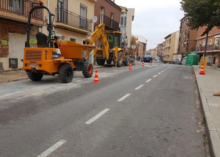 Comienzan las obras de acondicionamiento y mejora del acerado de la avenida de Santa Bárbara con una inversión de 210.000 euros