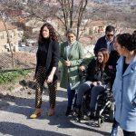 Milagros Tolón apuesta por el diálogo vecinal para dar respuesta a demandas como la mejora de la Bajada de los Desamparados