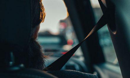 Conducir sin cinturón de seguridad