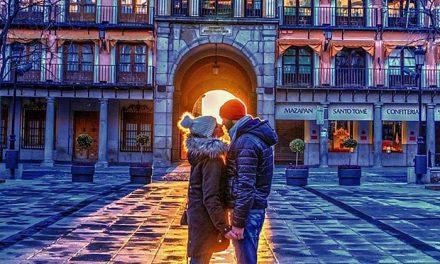 Un amanecer de película desde Zocodover logra el primer premio del concurso Toledo Enamora en el que participaron 86 fotografías