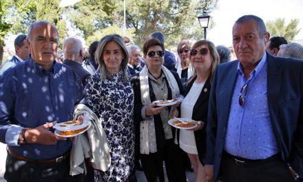 La alcaldesa arropa a la Hermandad de la Virgen de la Cabeza y reafirma su compromiso con las tradiciones y costumbres toledanas
