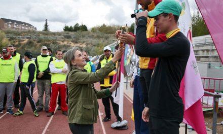 La alcaldesa asiste al Primer Gran Premio de España de tiro con arco y traslada el respaldo municipal al Club Águila Imperial de Toledo