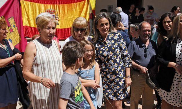 Cientos toledanos y toledanas se suman a la romería de la Virgen de 'La Bastida' que ha contado con la presencia de la alcaldesa