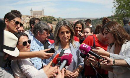 La alcaldesa destaca en la romería del Valle la importancia de respetar las tradiciones para que Toledo siga avanzando