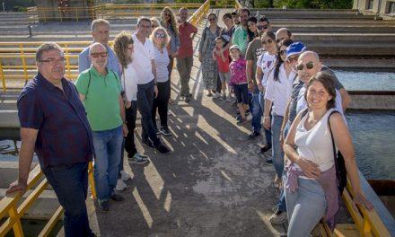 El Ayuntamiento realiza una Jornada de Puertas Abiertas en la ETAP del Cerro de los Palos para concienciar sobre el uso del agua