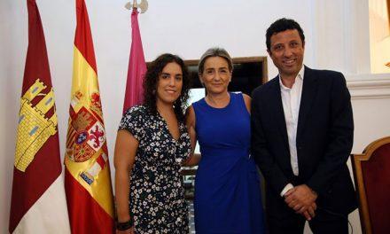 """Milagros Tolón agradece a los concejales Francisco Armenta e Inés Sandoval su """"dedicación y desvelos"""" por la ciudad de Toledo"""