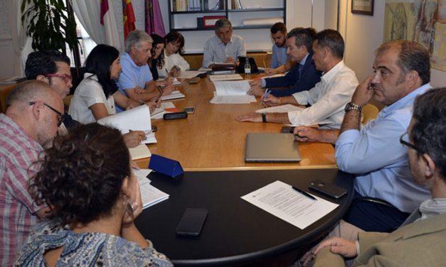 """El Gobierno local """"seguirá trabajando para atraer empresas que generen riqueza y empleo para Toledo y para los toledanos"""""""