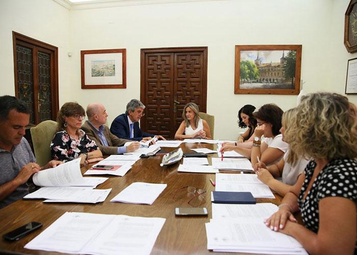 La Junta de Gobierno aprueba la adquisición de estanterías móviles con capacidad para 5.500 cajas para el Archivo Municipal