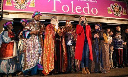 Sus Majestades cumplieron un año más con los toledanos en el gran cortejo de la ilusión en una fantástica tarde-noche de Reyes