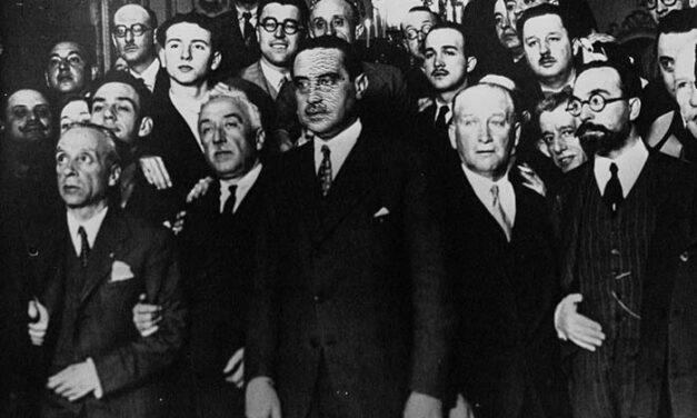 Proclamación de la República, Constitución de 1931 y Bienio Reformista