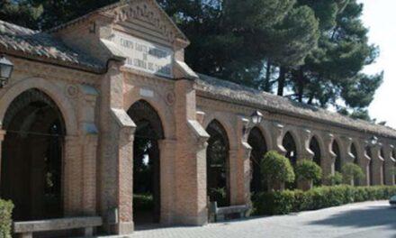 El Cementerio Municipal de Toledo abre con horario especial y controlado para los familiares que han perdido un ser querido en el estado de alarma