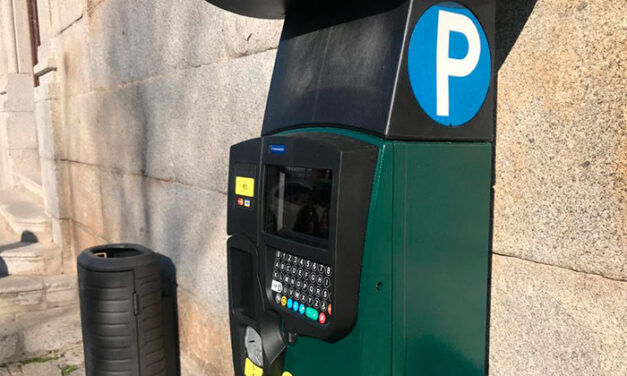 Las zonas azul y naranja de aparcamiento regulado por la ORA serán gratuitas las tardes de agosto a partir de hoy