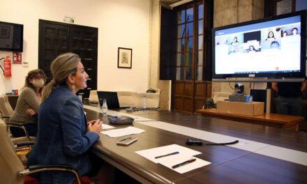 La alcaldesa escucha las inquietudes de los niños y adolescentes de Toledo en el marco de la III Semana de la Infancia